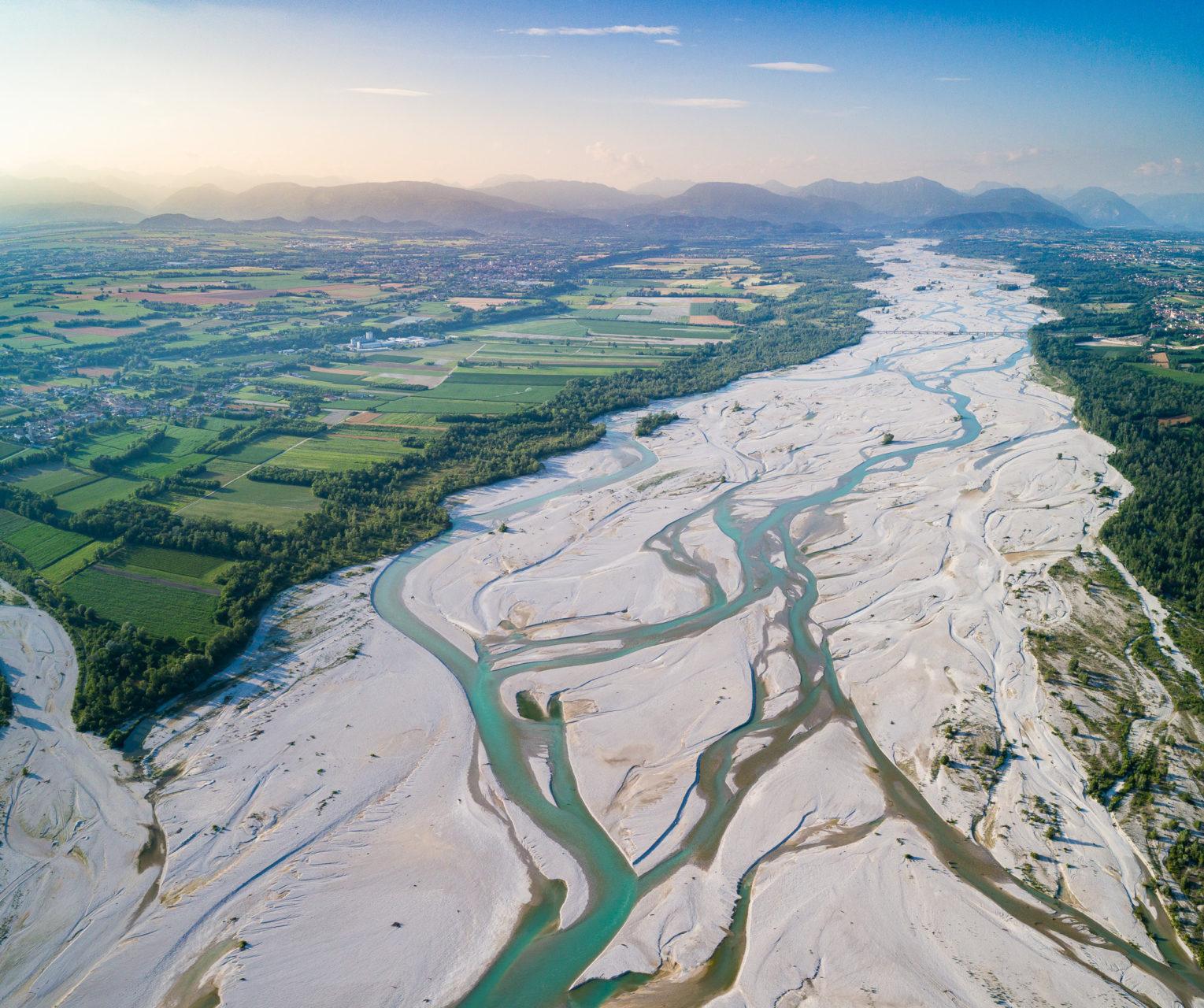 Il Fiume Tagliamento ripreso dall'alto, foto panoramica